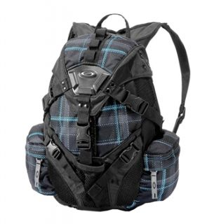 Oakley Icon Backpack Small Summit Day Packs user reviews ...