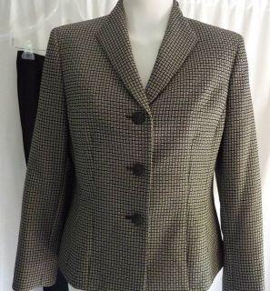 Lined Evan Picone Black Ivory Jacket Pant Suit Petite Size 8P or 10P $