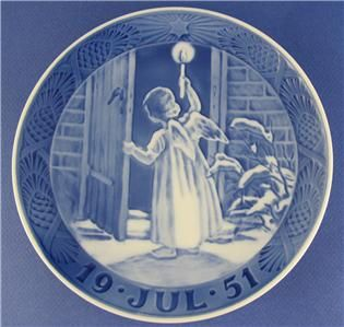 1951 Royal Copenhagen Christmas Plate Jul Angel Holding A Candle