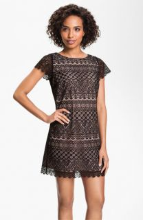 FELICITY & COCO Lace Shift Dress ( Exclusive)