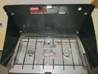 COLEMAN Model #5435 C700 Two Burner Propane Camp Stove 06/94 Missing
