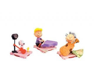 Charlie Brown Christmas Snoopy, Pig Pen, andSchroeder —