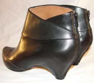 Corso Como Sz 7 Womens Boca Black Leather Ankle Booties Boots