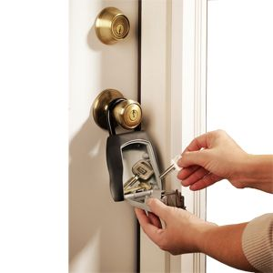Master Lock 5400D 4 Number Combination Key Lock Box