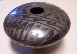 Mata Ortiz Pueblo Mexican Polychrome Black Pottery Amelia Hdez Signed