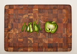 Rectangle End Grain Canal Cutting Board w Hand Grip Juice Canal
