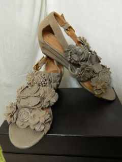 Corso Como Taupe Mixed Posy Wedge