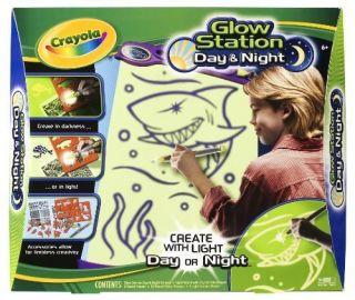 Crayola Kids Children Young Artist Glow Station Day Night Fun Games