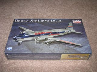 Minicraft UNITED AIR LINES DC 4 Aircraft Model Kit 1/144 NEW