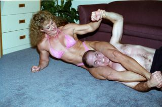 PP141  Apartment House Wrestling Action   Sandy and Tom