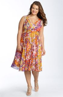 Suzi Chin for Maggy Boutique Print Sleeveless Dress (Plus)