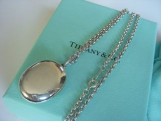 RARE Tiffany Co Sterling Silver Oval Locket Pendant Necklace 18 Omega