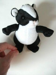 Brand New Small Plush Soft DAN DEE Skunk Stuffed Animal Toy Doll