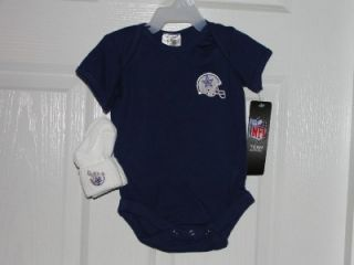 dallas cowboys baby onesie with socks 0 3 months