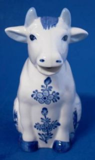 Hand Painted Delft Cow Creamer Blue White Holland