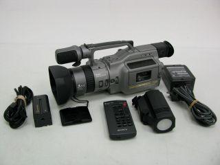 SONY Handycam DCR VX1000 Digital Video Recording CAMCORDER Mini DV