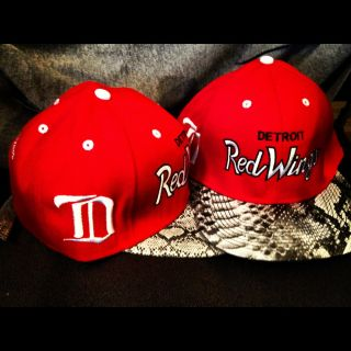 Detroit Red Wings Snapback Snakeskin Mitchell Ness w Gold Buckle