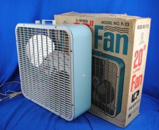 vtg 20 3 speed baby blue box fan w aluminum propeller blades steel