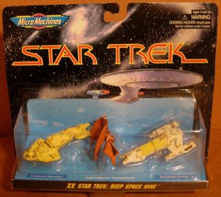 STAR TREK MICROMACHINES DEEP SPACE NINE #15 W/SISKOS BAJORAN SAILING