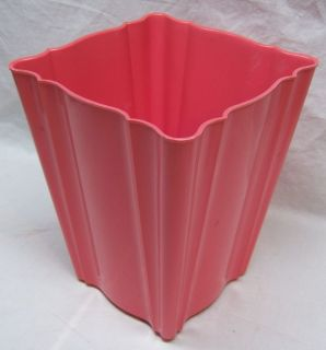 PINK HEAVY PLASTIC DECORATIVE SQUARE WASTEBASKET / GARBAGE   TRASH CAN