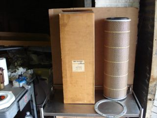 Air Filter 42700; CHEV Titan, GMC & MACK Trucks