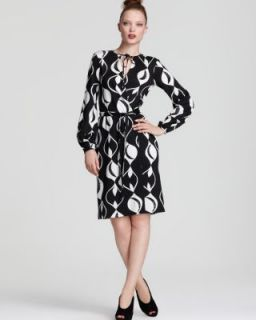 Diane von Furstenberg NEW Nove Black White Printed Wrap Wear to Work