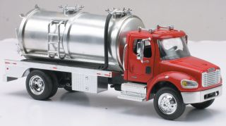 New Ray Freightliner Tanker 1 43 M2 Diecast Truck New