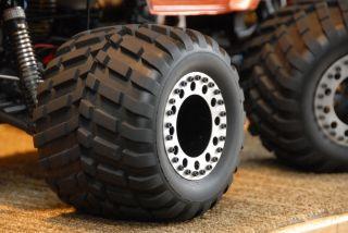OFNA Dominator Monster Pirate Titan Monster Tires 17mm Hex