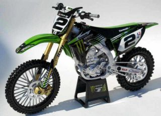 Ryan Villopoto 1 12 Scale Racing Replica Dirt Bike Toys