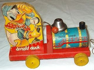 Vintage 1942 Fisher Price Disney Donald Duck Choo Choo Train Pull Toy