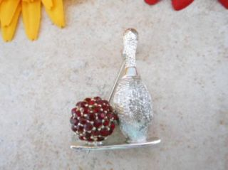 VTG DODDS SIGNED SILVER TONE RED RHINESTONE BOWLING PIN & BALL BROOCH