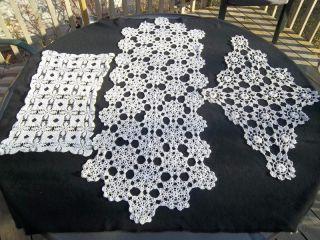 Pcs Vtg Crochet Lace Doilies Doily Runner Cntr Piece White Ivry