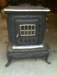 Antique Double Star Wood Burning Cooking Cast Iron Parlor Stove Heat