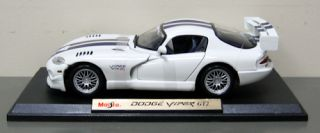2009 Dodge Viper GT2 Diecast Model Car Maisto 1 18 Scale White