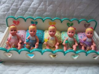 BARBIE BABY KRISSY SET OF FIVE DOLLS DIONNE QUINTS WITH CRIB