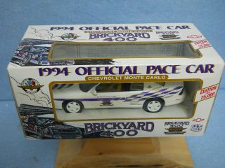 Brickyard 400 Pace Car Chevrolet Monte Carlo 1 25 scale by Brookfield