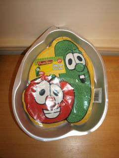 Wilton Veggie Tales Cake Pan 2105 9904 New with Insert