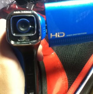 DXG Quickshots DXG 5B6V 32 MB Camcorder Ocean Blue
