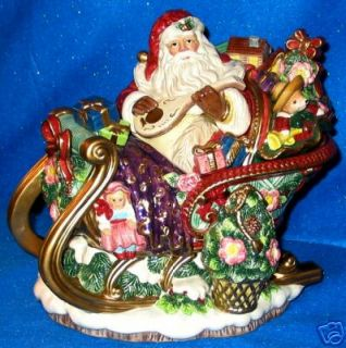 Fitz Floyd Christmas Wreath Centerpiece Tureen