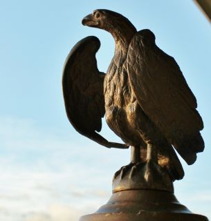 Antique Bronze Eagle Figure Statue Desk Sculpture