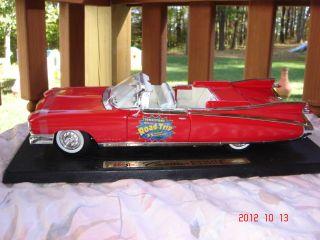 RARE MAISTO 1959 RED Cadillac Eldorado Biarritz CAR Special Edition