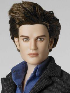 Tonner Dolls Distant Devotion Edward Cullen Twilight