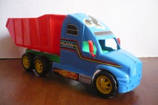 Mexican Dump Truck Plastic toy Car Made In Mexico