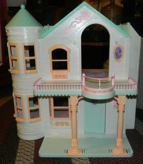 Mattel Barbie Deluxe Dream House with elevator includes original box