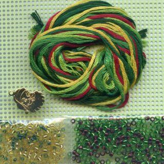 Emerald Wreath Beaded Ornament Kit Mill Hill 2011 Christmas Jewels