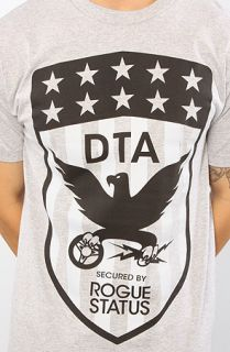 DTA   Rogue Status The Flag Shield Tee in Heather Gray and Black