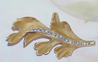 14k Leaf Brooch Pin Solid Yellow Gold .20Ct Diamond Vintage Suit Pin 4