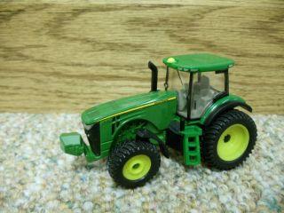 64 Ertl John Deere 8235R Tractor Farm Toy