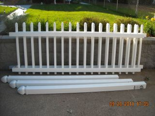 Veranda White Vinyl Picket Fence Panels w 3 Posts and Hardware