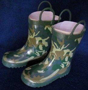 Boys Kids Green Camouflage Camo Rain Snow Boots Size 8